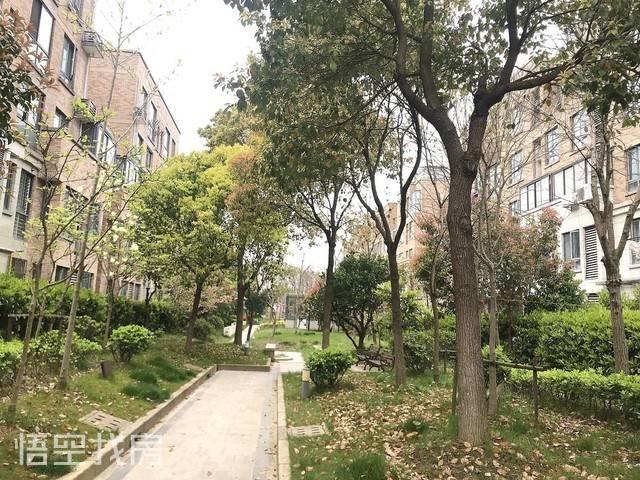 滴水湖馨苑