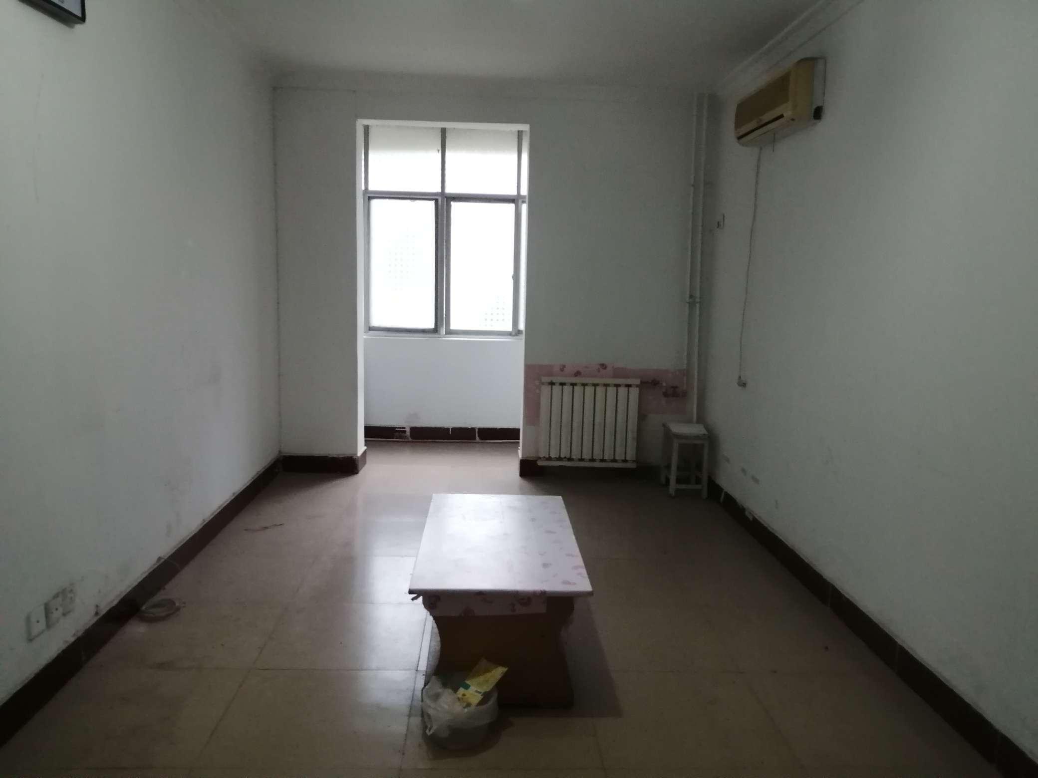 张湾供办院内家属楼