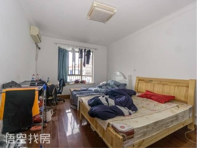 奉贤华龙公寓